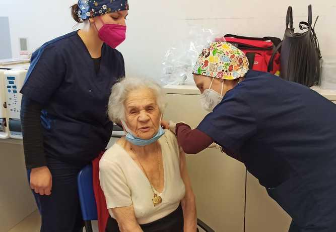 108 anni: vaccinata la più anziana di Siena - 26 FEBBRAIO 2021